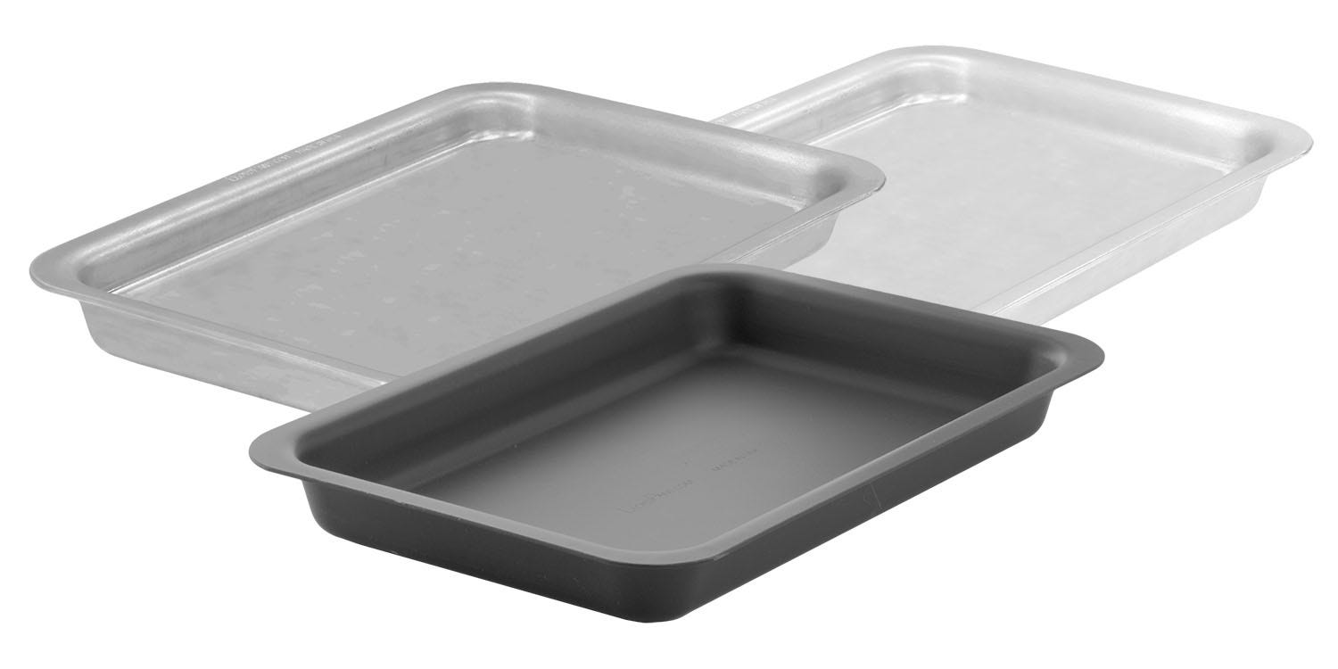 Searing Roasting Pans in 3 Finishes